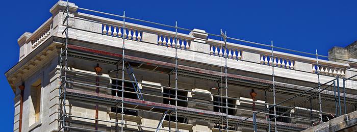 Ravalement de façades à Roussillon